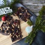 Schokolade mit Pinienkernen & Früchten (Last-Minute-Geschenk!)
