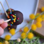 Schokoladige Cakepops feat. Keks-Upcycling