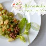Selleriesalat mit Äpfeln und Walnüssen