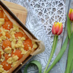 Aprikosen-Käse-Kuchen mit Streuseln