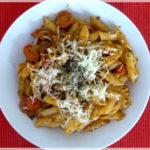 Pasta mit Pesto & Tomaten